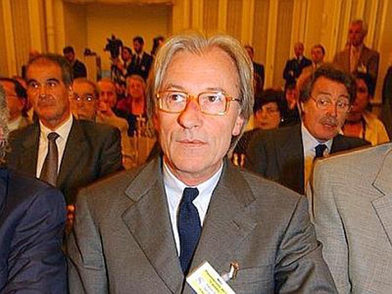 L'Italia di Feltri: tutti maiali, quindi zitti!