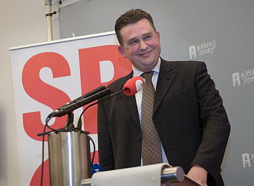Paesi Bassi, l'ex maoista che terrorizza la Merkel