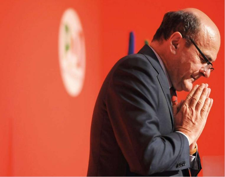 La disfatta politica di Bersani: chi gliel'ha fatta fare? Ora si dimetta
