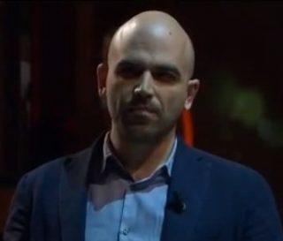 """Saviano: il gioco """"pulito"""" sta mangiandosi l'Italia"""