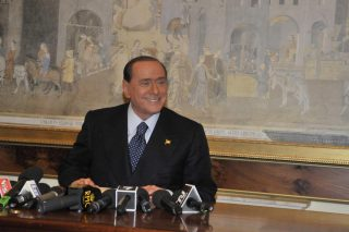 I fondi neri di Berlusconi, una frode da 1 miliardo e 227 milioni di euro