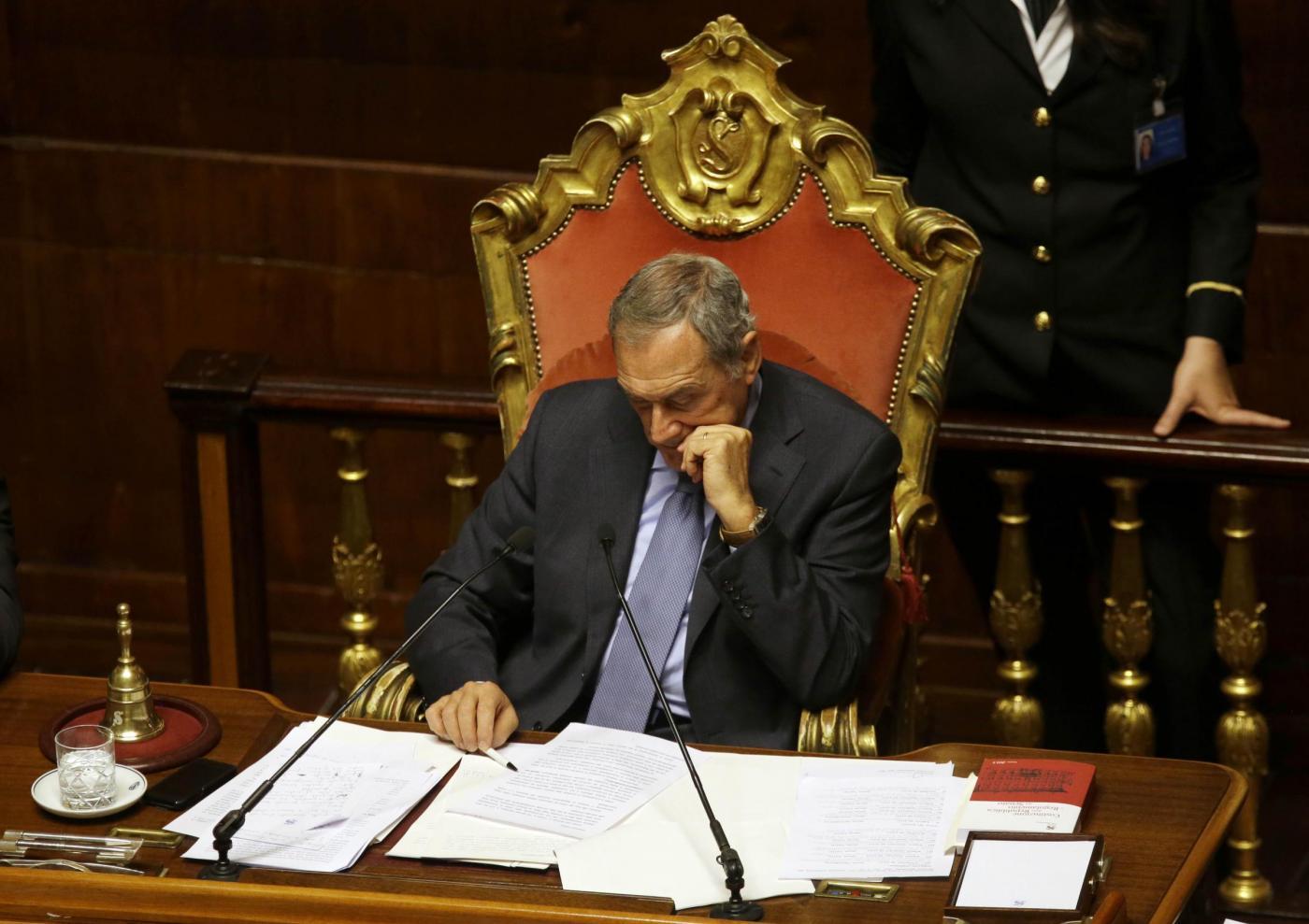 La rivolta di forza italia contro grasso e il quirinale for Senatori di forza italia
