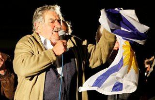 Pepe Mujica: negare il matrimonio ai gay è una tortura