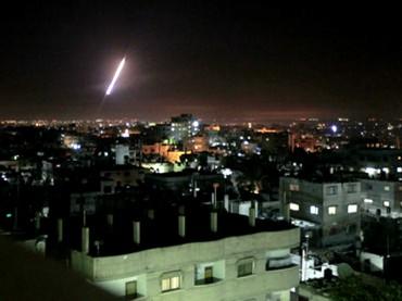 """Messaggio da Tel Aviv: """"Guardo i missili cadere sulla città che amo ma dico no a questa guerra"""""""