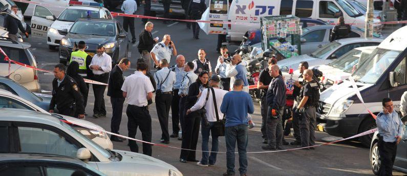 La ferocia insensata dell'intifada religiosa: quattro assassinati in sinagoga a Gerusalemme