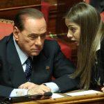 """La  """"badante"""" di Berlusconi  richiede il finanziamento pubblico ai partiti"""