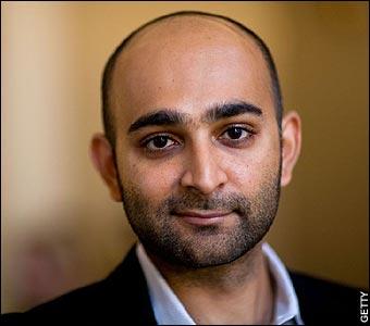 Mohsin Hamid spera che contro i Taliban sia la volta buona, ma intanto l'atrocità allarga la guerra