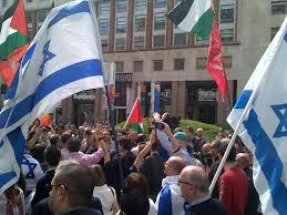 Diciamo no a chi importa la guerra del Medio Oriente nella festa del 25 aprile italiano