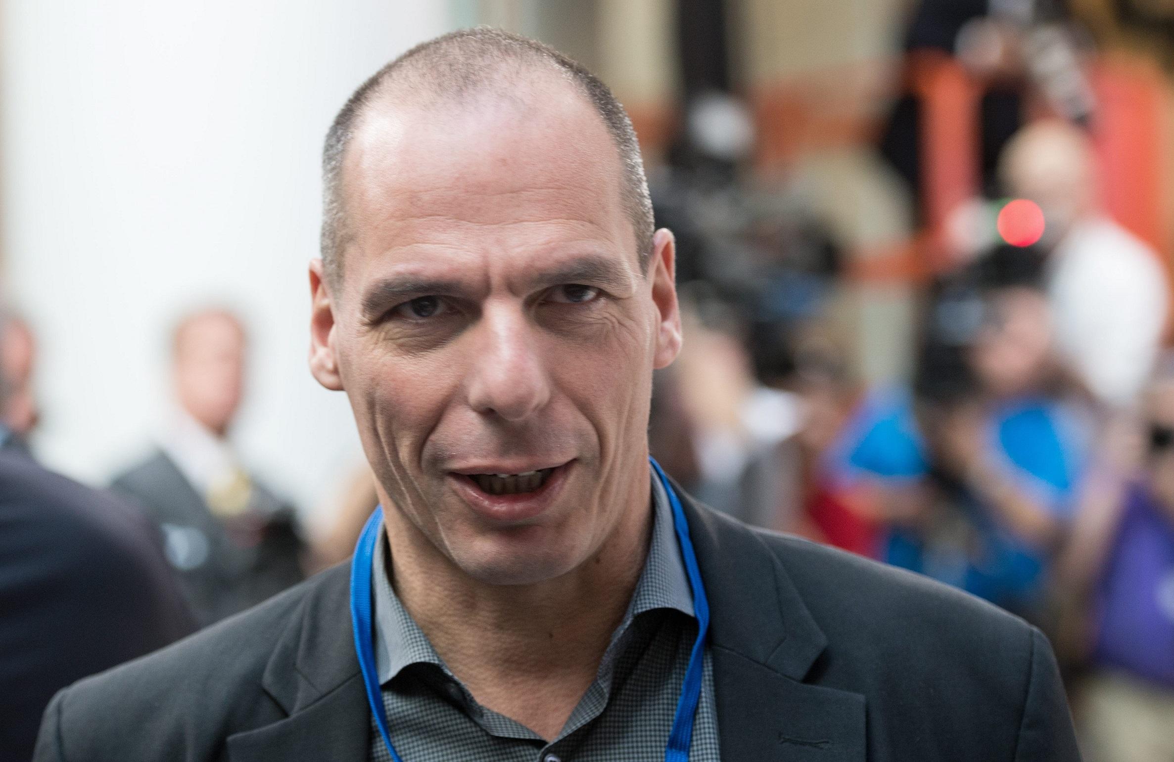 Parola d'ordine: sfotti il Varoufakis per spiegare il crac
