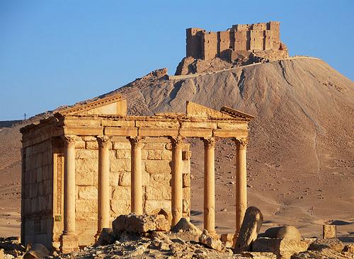 La caduta di Palmyra conferma che il regime di Assad non può essere un baluardo contro il Califfo