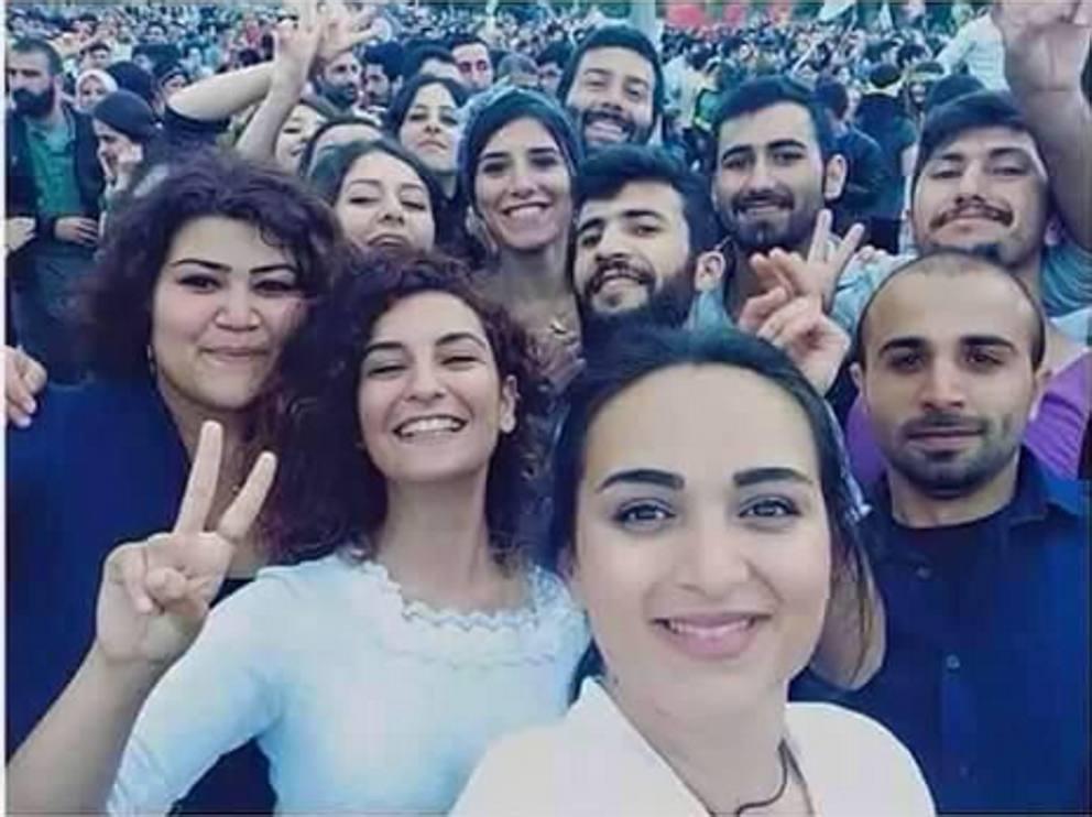 Desolante silenzio sulla strage dei ragazzi socialisti di Suruc. Con loro muore l'internazionalismo?