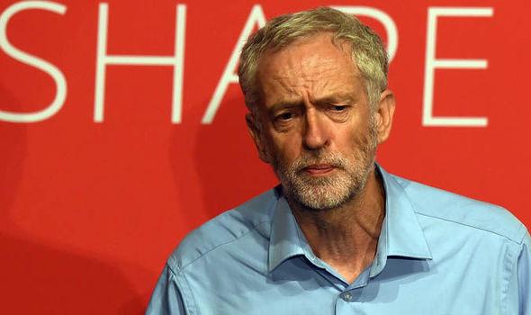 La vittoria di Jeremy Corbyn ci ricorda che la scissione di sinistra del Pd sarebbe una fesseria