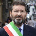 """Marino fregato dalla sua stessa strafottenza. Peccato, a Roma serviva un """"marziano"""" come lui"""