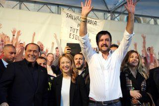 Matteo Salvini sempre più in affanno si rilancia come candidato sindaco a Milano