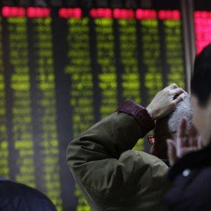 La tempesta globale sui mercati finanziari, fra Cina e Golfo