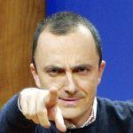 Luttazzi critica Grillo di nuovo comico: non fa più satira, ma propaganda, rinunci al marchio M5S per farla
