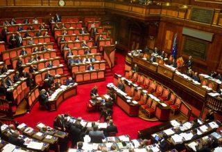 Sondaggio Corriere: al referendum sulle riforme costituzionali sì in vantaggio, per ora vince l'astensione