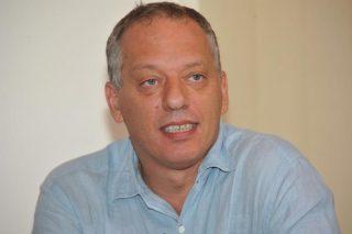Bravo Peter Gomez a prendere le distanze dallo strampalato complottismo di Giulietto Chiesa
