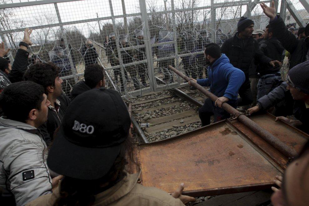 Hanno ragione i profughi in rivolta contro un'Europa capace solo di chiuderli in gabbia