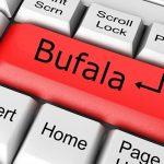Perchè gli italiani credono alle bufale: il problema è l'ignoranza diffusa
