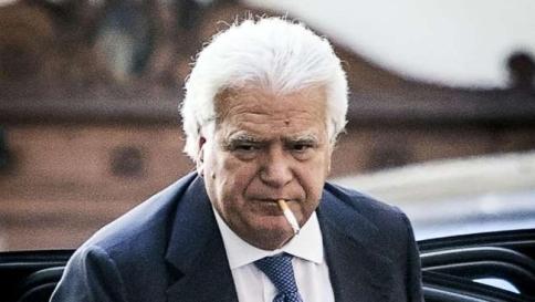 Denis Verdini aggrega clientele ma non traghetterà gli elettori moderati verso il Pd