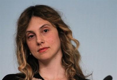 Un appunto per Marianna Madia: sei sicura che indicare Renzi come esempio ai giovani non riduca la politica a carrierismo?