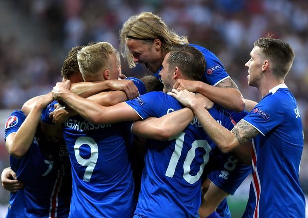 Brexit tié tié: da Roma a Reykjavik un solo grido… viva l'Italia, viva l'Islanda!
