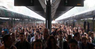 Ministro Delrio, è ora di #cambiareverso dalla Tav alle rotaie dei pendolari