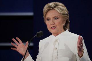 Hillary Clinton prevale nell'ultimo dibattito TV, Trump manca la chance di ribaltare la situazione